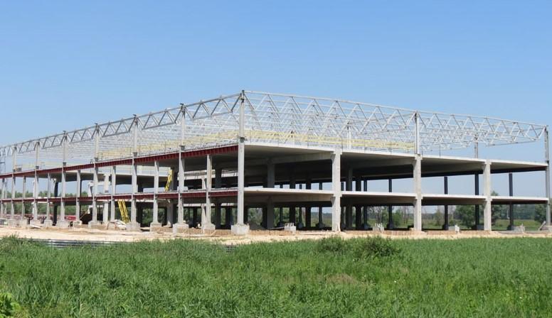 Будівництво ТРЦ «Life Style» в с. Ходосіївка