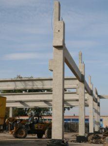 Монтаж збірного з/б каркасу при будівництві центру оптової торгівлі METRO (м. Житомир)