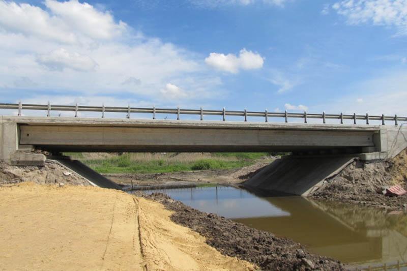 будівництво нових шляхопроводів
