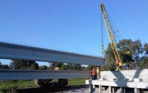 Будівництво шляхопроводу по трасі Київ-Харків