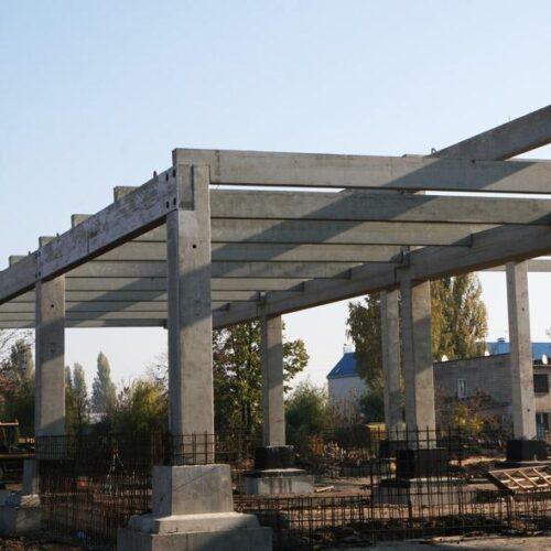Сборный железобетонный каркас. Строительство центра оптовой торговли METRO (г. Житомир)